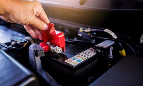 Czym różni się akumulator litowo-jonowy od tradycyjnego?